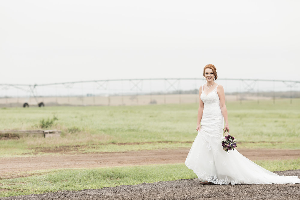 Our Brilliant Bride Kelsey | Texas Spring Wedding. Mobile Image