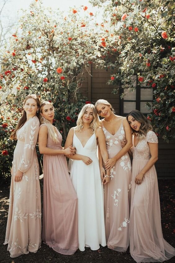 Surviving & Thriving Through Wedding Season as a Bridesmaid. Desktop Image